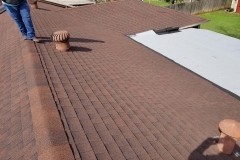 General contractor on Arlington residential roofing